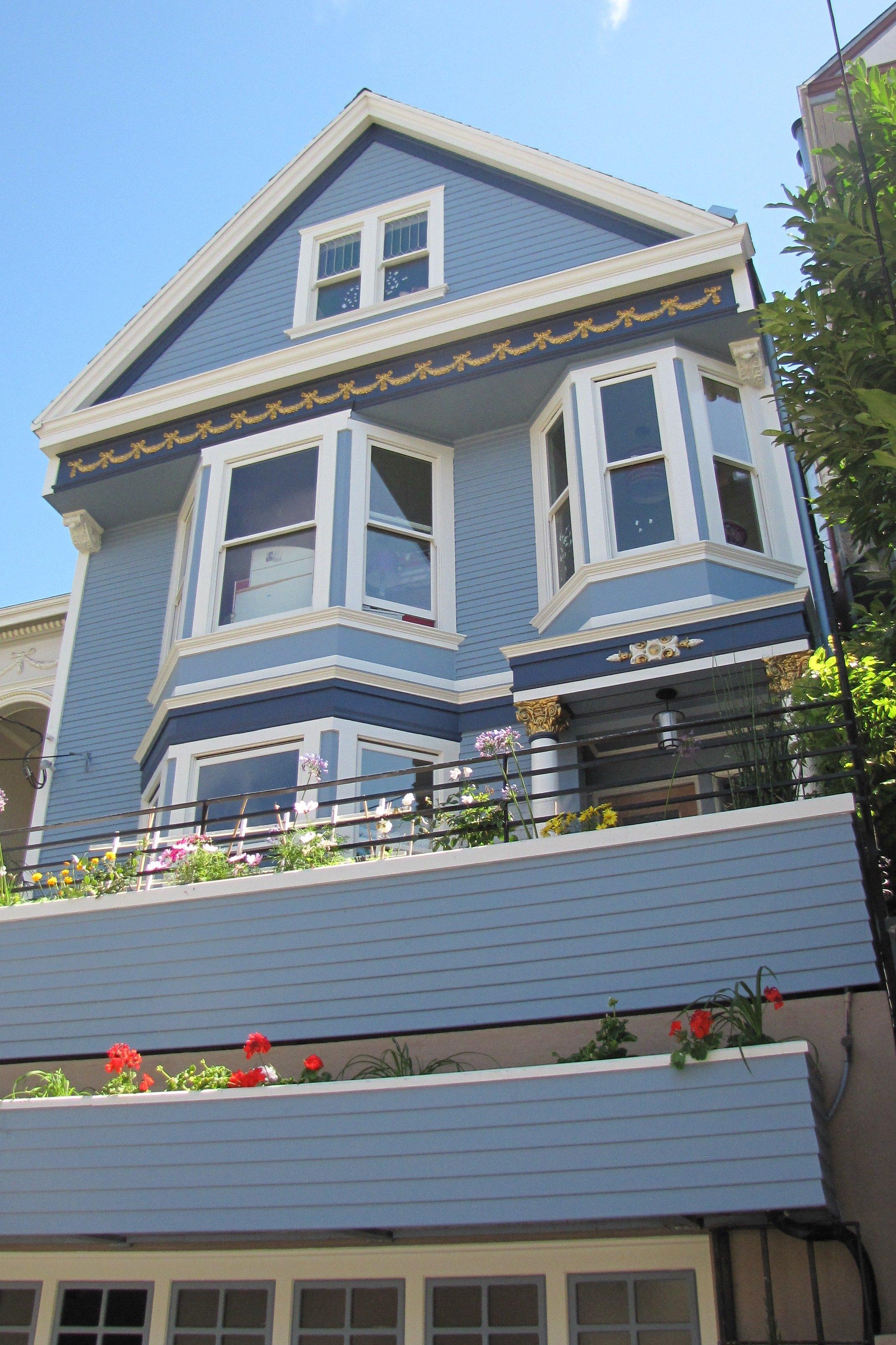 Lundi 25 juillet san francisco c est une maison bleue - Chanson une maison bleue ...
